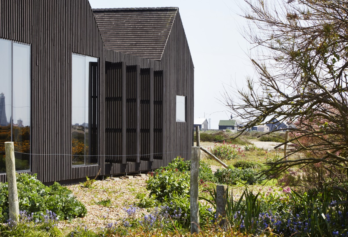Less is more:  the Living Architecture approach to the art of the garden
